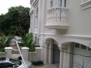 Architectural Foam Moldings Installation